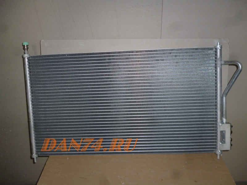 Радиатор кондиционера Ford Focus (98-04) | Форд Фокус | 3300 руб. | 104432Y [ Оригинал: 1062380/1086534/1106888/1107090/1112963/1136949/1250627 ]